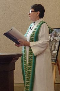 Old time radio show brings the Reformation to congregations